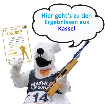 Ella_verweisst_auf_Ergebnisse_Kassel