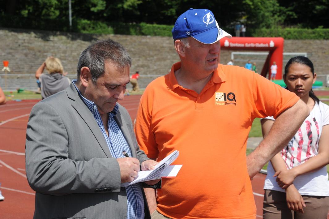 Die lokalen Medien WAZ und Tagesspiegel waren live vor Ort in der Biathlonarena