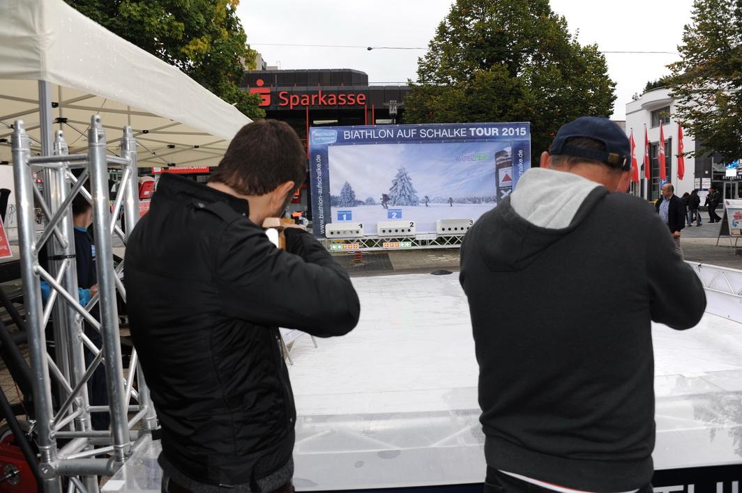 Malermeister Andreas Millack (rechts im Bild beim Duell mit Robert Ricci. Die Szene zeigt den Zwischenstand von 2:2 Treffern. Andreas gewann das Duell mit 5:3 Treffern und holte den 2. Etappenplatz.