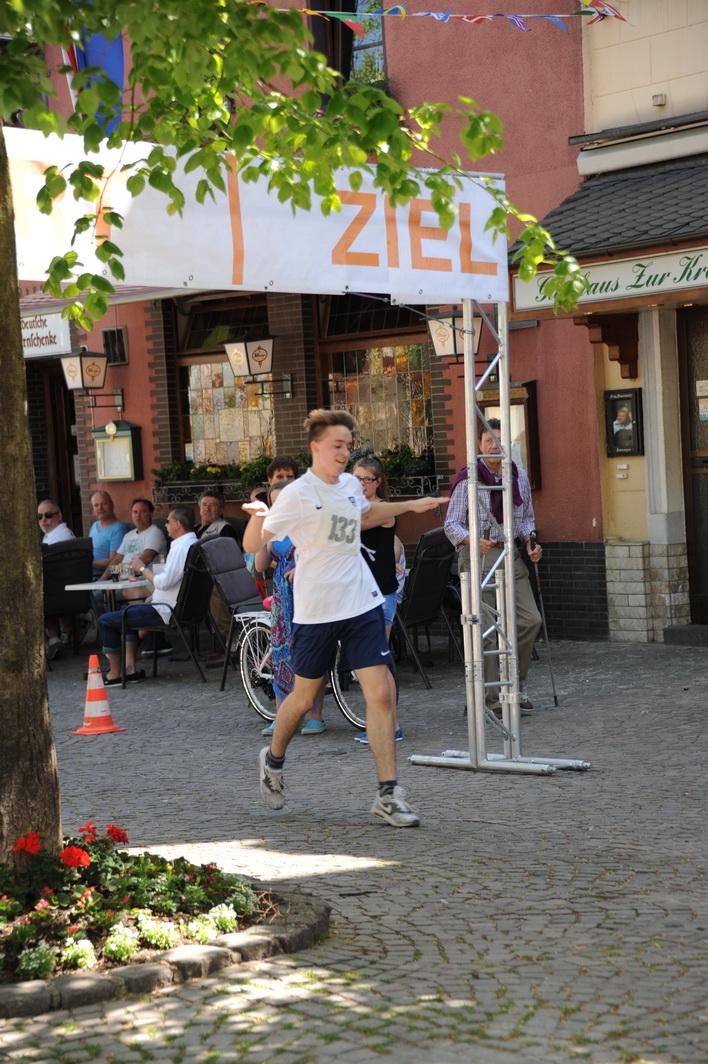 Sebastian Wolf gewinnt diesen Lauf, lässt dabei sogar den Rheinlandcupsieger Marc Bischof (Sommerbiathlet aus Lindlar) hinter sich und wird in der Gesamtwertung guter 10.
